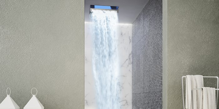 Mountainshower 700x350
